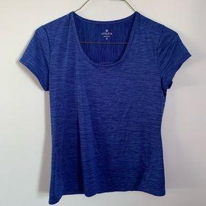Women's size medium Athleta blue shirt EUC